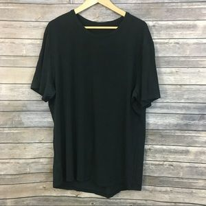 Lululemon Black T-shirt